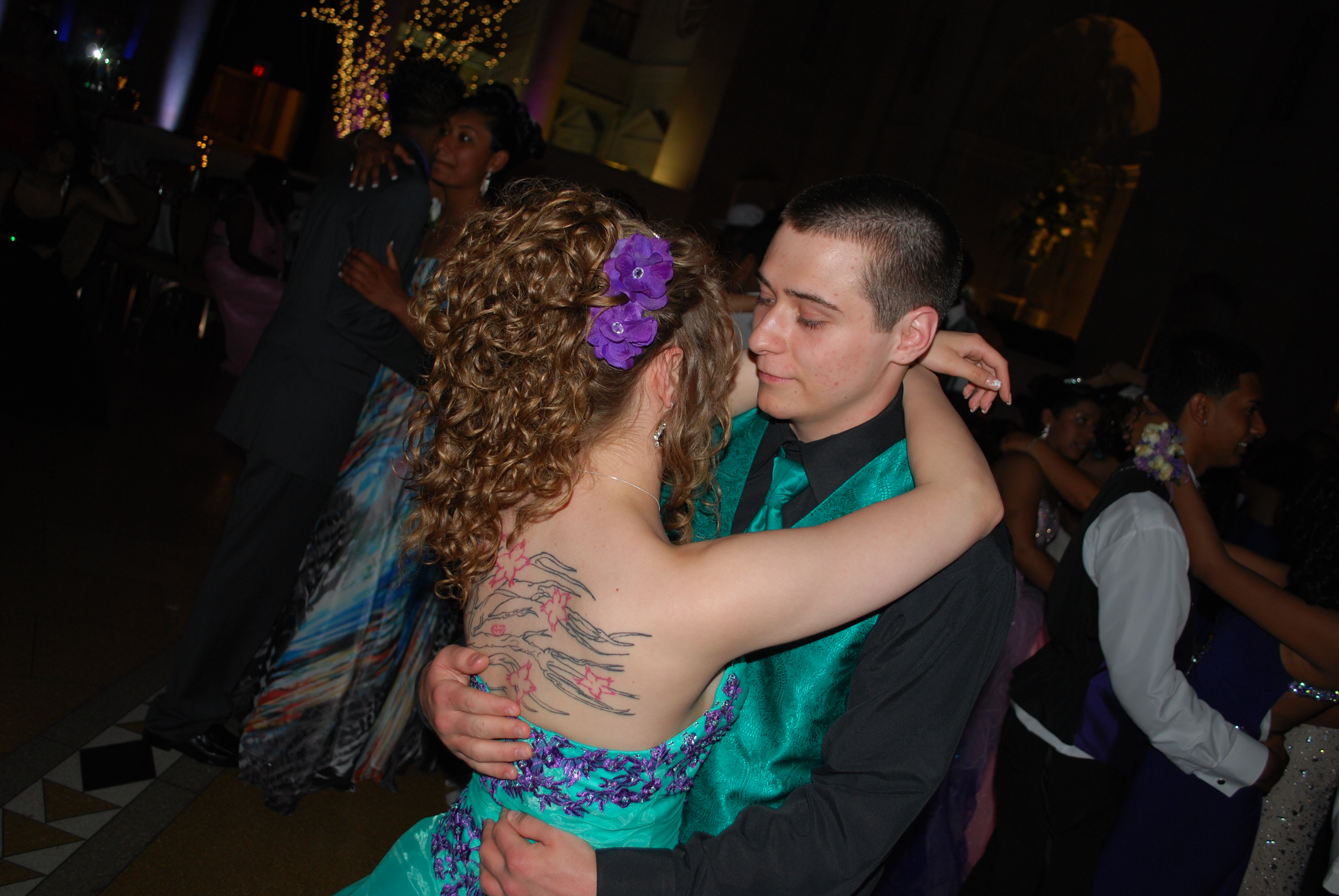how to slow dance in middle school