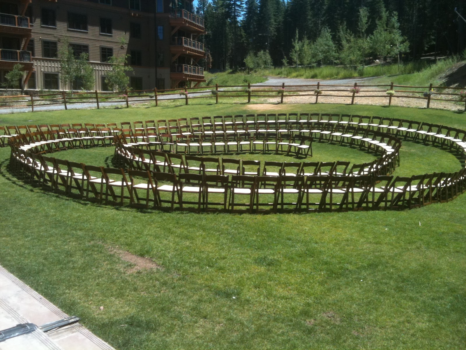 Spiral Wedding Ceremony Idea – Circular