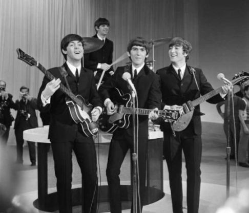 60s Wedding Music List – Top 50 songs of The 60s | Albany